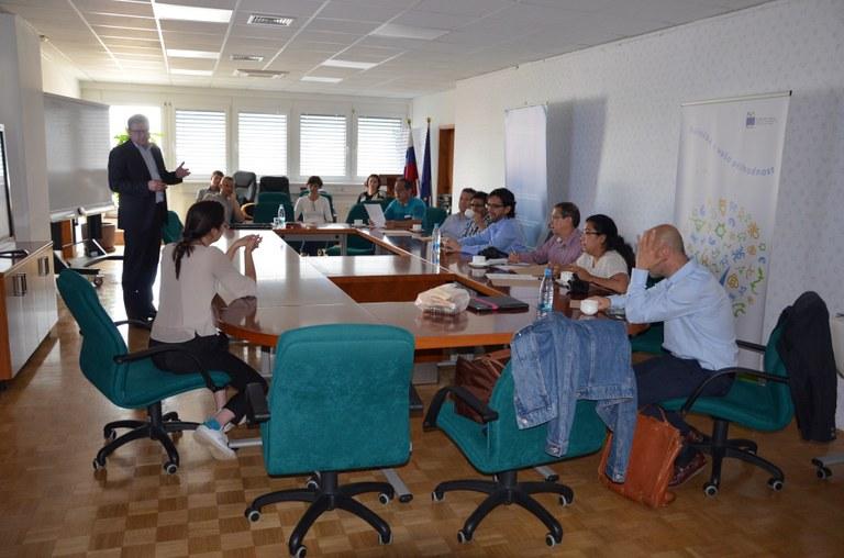 Delegati  Latinske Amerike se v Sloveniji seznanjajo z dobrimi praksami evropskega čezmejnega sodelovanja
