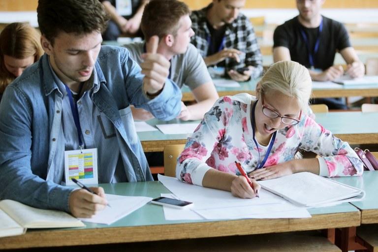 Evropska sredstva za mobilnost študentov iz socialno šibkejših okolij