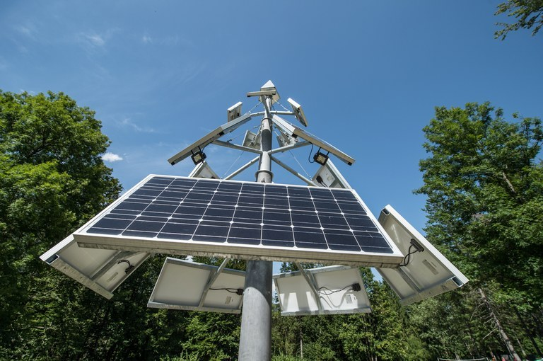 EU funding for purchase and instalment of electricity generation facilities using solar energy