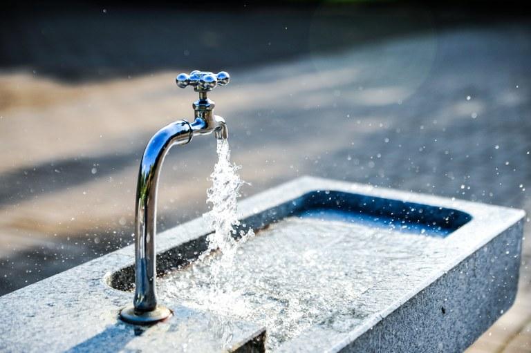 Zagotavljamo varen dostop do pitne vode: Evropska sredstva za izboljšavo vodovodnih sistemov v občinah Brežice in Bistrica ob Sotli